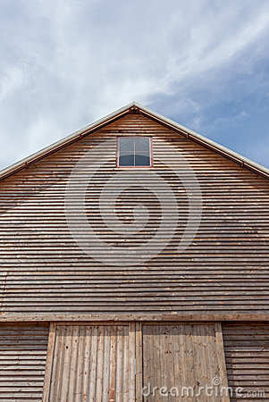 Free Barn Roof With Blue Sky Background Royalty Free Stock Image - 47224916