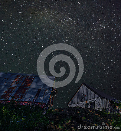 Free Barns On The Hill Stock Photos - 89139623