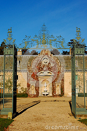 Baroque gate