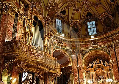 Baroque pipes organ