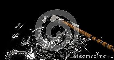 Barrage à pignon en verre Économiser de l'argent Boîte monétaire Le marteau de fer casse un cochon en verre en petits morceaux illustration stock