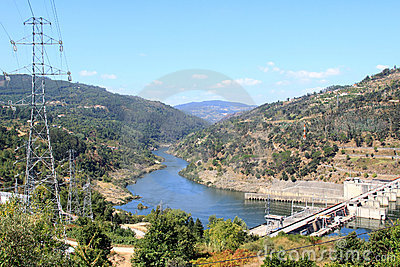 Barragem do Carrapatelo in river Douro, Portugal