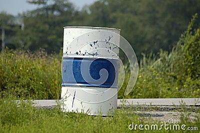 Barrel - blue & white