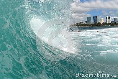 Barreling wave