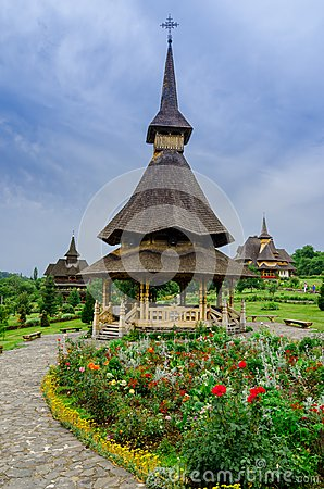 Free Barsana Monastery Complex In Maramures Royalty Free Stock Photography - 39878227