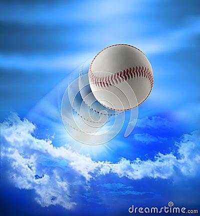 Base-ball de passage à la maison