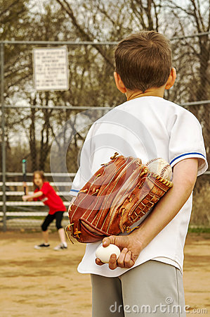 Free Baseball And Egg Swap Stock Images - 39852574