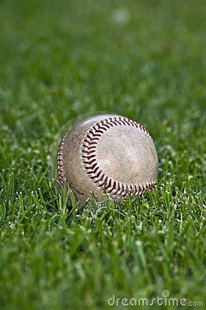 Free Baseball In Outfield Grass Stock Image - 21442911
