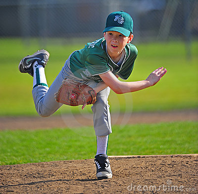 Free Baseball Pitcher Follow Thru Stock Photos - 19269783