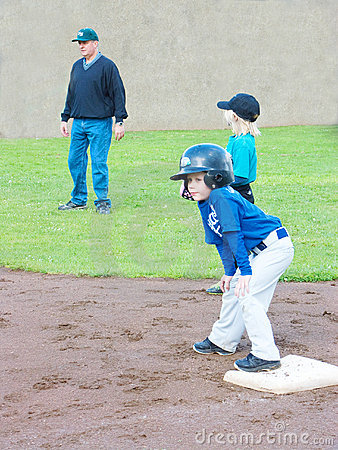 T-Ball player on base,