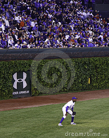Baseball - Wrigley Field s Historic Ivy Walls Editorial Image