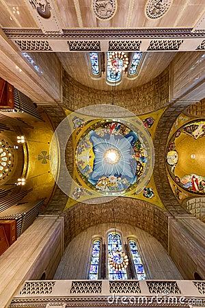 Free Basilica Of The National Shrine Catholic Church Royalty Free Stock Photography - 55169797