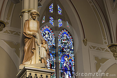 Basilica Statuary