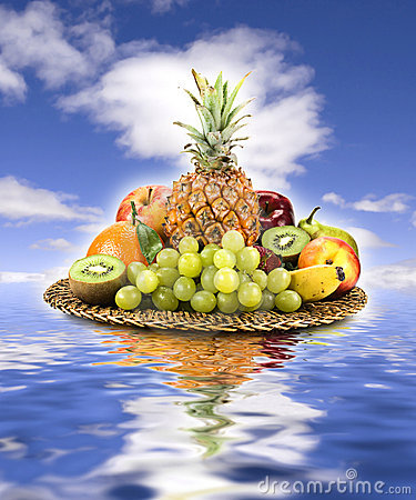 Free Basket Of Fruit Royalty Free Stock Photography - 4346977
