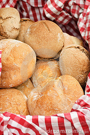 Free Basket With Bread Stock Images - 21012054