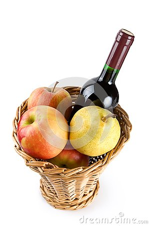Free Basket With Wine And Fruit Royalty Free Stock Photos - 3000278