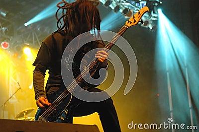 Bass guitar solo