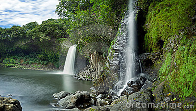 Bassin la Paix waterfall