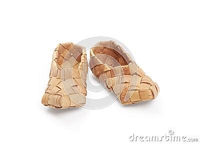 Bast shoes,
