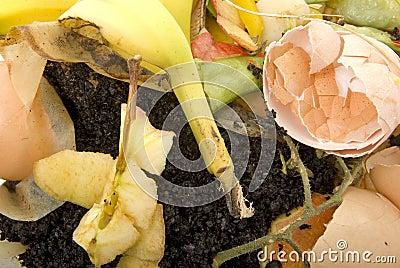 Basura orgánica del hogar lista para abonar