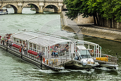 Bateaux Mouches – Sightseeing tour Editorial Photography