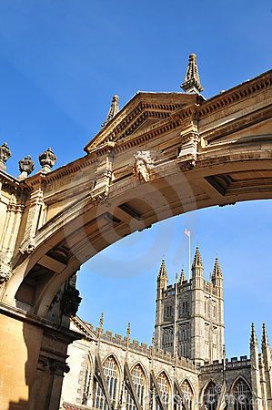 Bath Abbey and archway