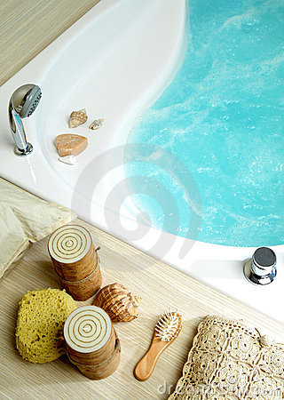 Free Bath Tub Royalty Free Stock Photography - 17113627