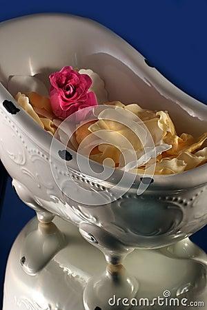 Bath tub with rose petals