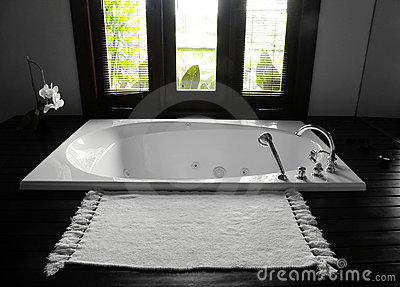 Bathroom bathtub, luxurious interior