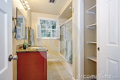 Bathroom Interior Stock Photo Image 39571139