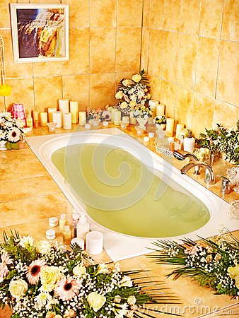 Free Bathroom Interior With Bubble Bath. Stock Image - 28880711