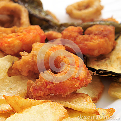Battered and fried shrimps tapas