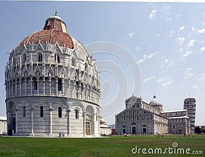 Battistero, Duomo & La Torre Pisa