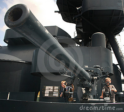 Free Battleship Gunners Royalty Free Stock Photo - 9280985