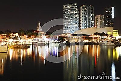 Bayside, Miami Skyline