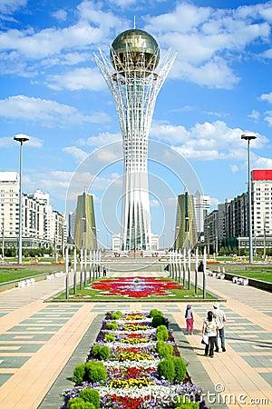 Free Bayterek Tower In Astana Royalty Free Stock Image - 6490216