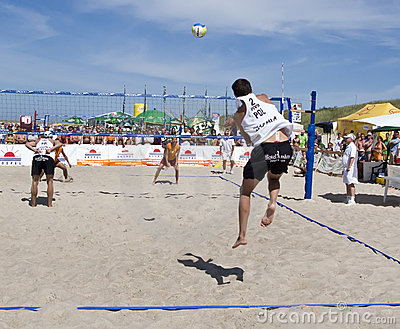 Beach ball serve Editorial Stock Image