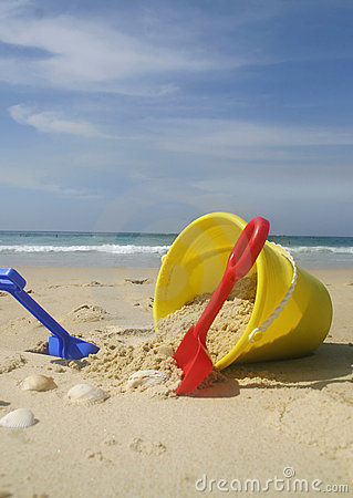 Free Beach Bucket And Spades Royalty Free Stock Photos - 30388