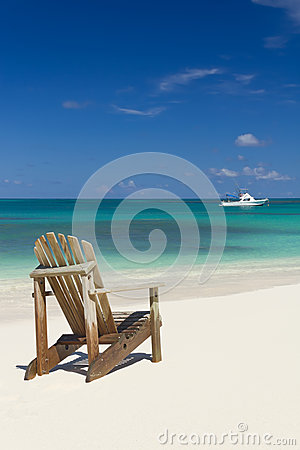 Free Beach Chair On Sand Royalty Free Stock Photography - 27201107