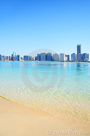 Free Beach In Abu Dhabi, UAE Stock Photo - 22776500