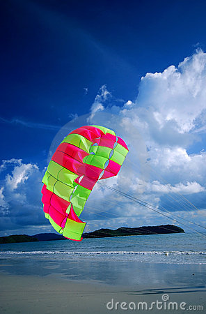 Free Beach Parachute Royalty Free Stock Photo - 3323095