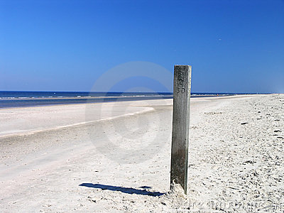 Beach pole 1