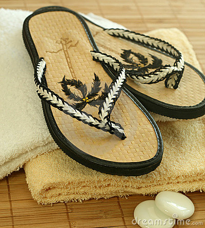 Free Beach Shoes Royalty Free Stock Photography - 10283597
