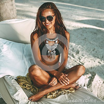 Free Beach Summer Portrait Of Beautiful Tanned Young Woman Royalty Free Stock Images - 84300209