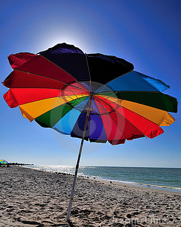 Free Beach Umbrella Stock Photography - 17636972