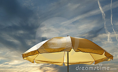 Beach umbrella (sunshade)