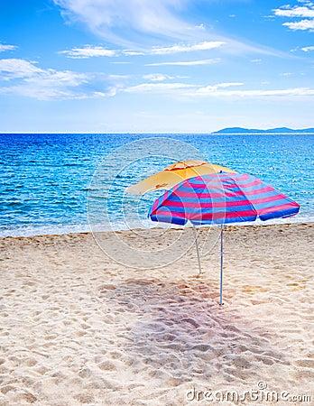 Free Beach Umbrellas Royalty Free Stock Photos - 3015138