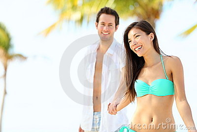 Beach vacation couple