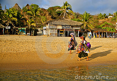 Native zapotec beach vendors, Mexico Editorial Photo