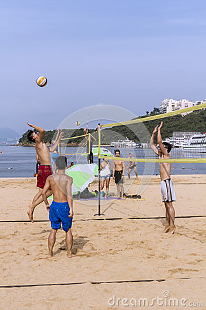 Free Beach Volley Recreational Sport On The Beach Royalty Free Stock Photos - 75904338